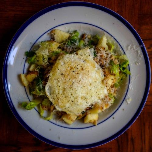 warm-farro-salad-overhead
