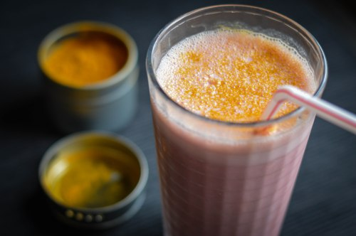 sunshine-smoothie-and-turmeric-overhead