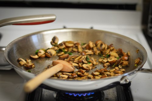new-pan-mushrooms-oregano