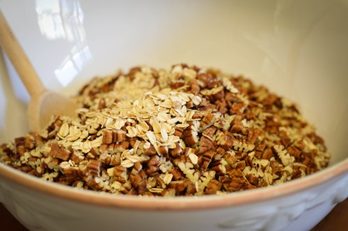 pecan-granola-ingredients